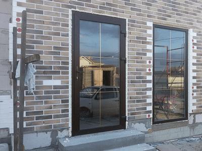 металлопластиковая дверь на дачу